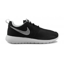 brand new 184cd e3a19 NIKE ROSHE ONE JUNIOR NOIR