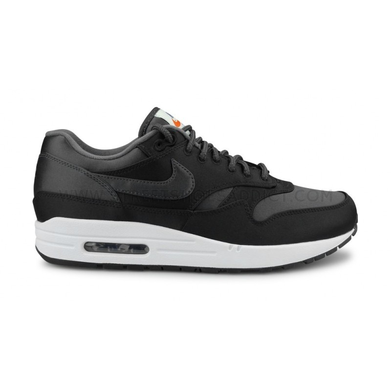 Nike - Baskets AIR MAX 1 SE - AO1021 Noir - Chaussures Baskets basses Homme