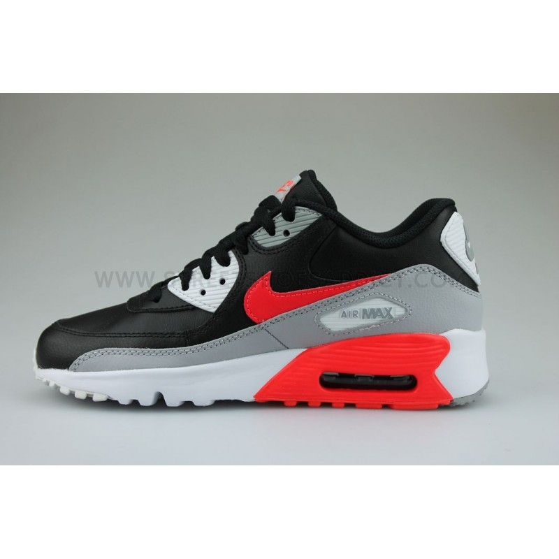 on sale e8c24 7be02 ... Nike Air Max 90 Leather Junior Noir  Nike ...