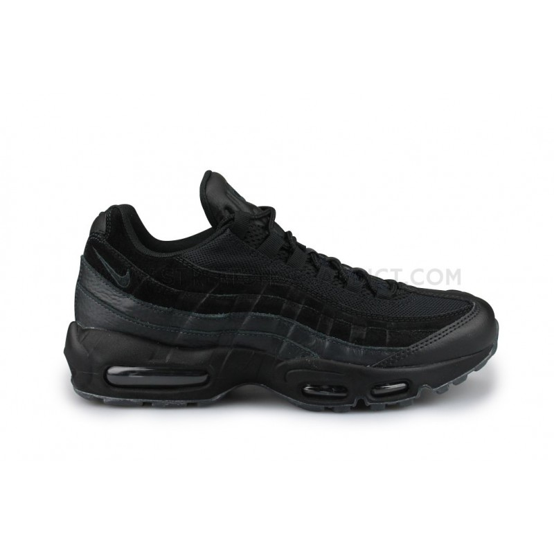 Nike Air Max 95 Essential Noir 749766 031   Street Shoes Addict